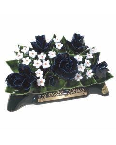 Arceau roses bleues et fleurettes blanches