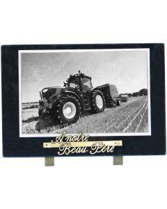 Plaque décor tracteur dans un champ noir et blanc 20x30cm